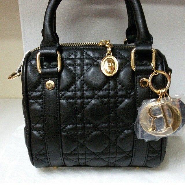 Кожаная женская сумка Christian Dior, черная, арт 081
